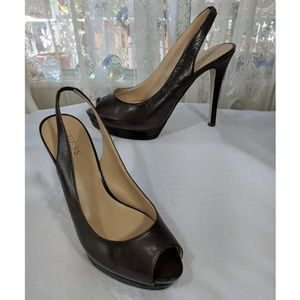 Guess brown leather peep-toe classic heels